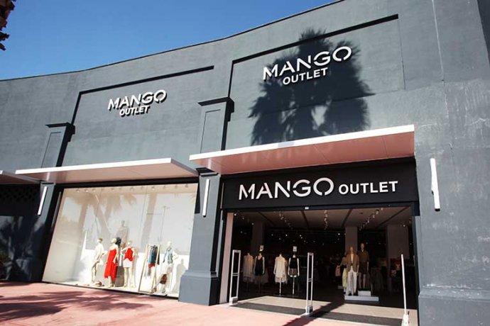 Façana Mango Outlet