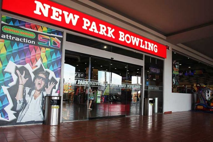 Exterior local Newpark Bowling