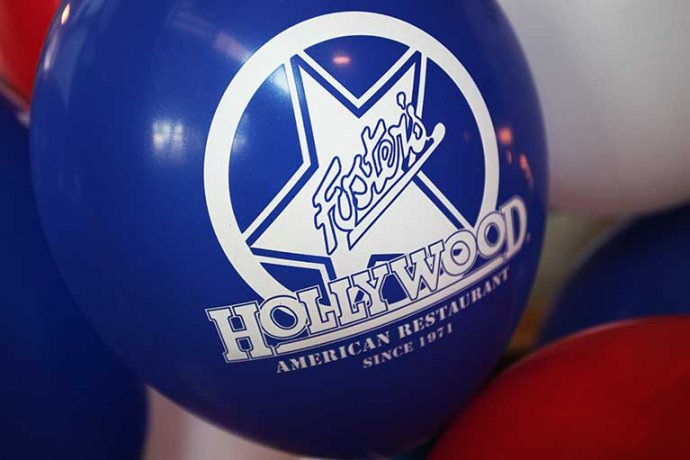Detall logo Fosters Hollywood