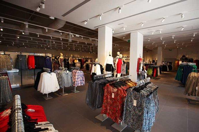 Interior botiga: moda dona