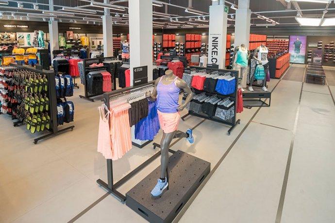 Interior Nike Factory Store