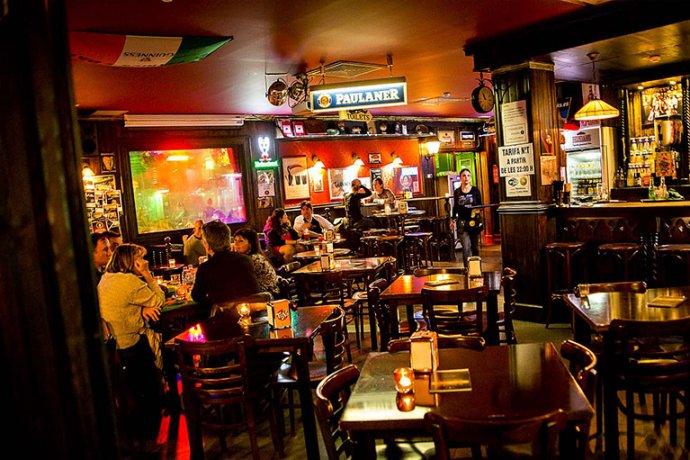 Interior Sant Patrick's Irish Pub Parc Vallès